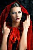 Dama w czerwonej pelerynie Zdjęcie Stock