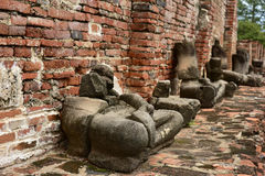 Damaged Buddha statues Royalty Free Stock Images