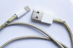 Free Damaged White Usb Cable Plug And Micro Usb Plug Or Old Smart Phone Charger Cable Broken On White Acrylic Background, Close Up Royalty Free Stock Photo - 180212825