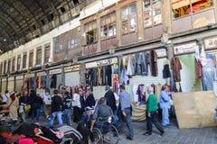 DAMASCO, SIRIA - 16 NOVEMBRE 2012: Giorno ordinario ad Al-Hamidiyah Souq nella vecchia città di Damasco Il bazar è il più grande  Immagine Stock Libera da Diritti