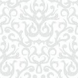 Damask σχέδιο στο λευκό και το ασήμι Στοκ Εικόνες