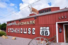 Dambar stekhusrestaurang i Kingman Arkivbilder