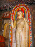 Dambulla, Sri Lanka - April 30, 2009: De tempel van het boeddhisten` hol Royalty-vrije Stock Afbeeldingen