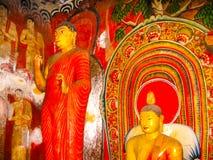 Dambulla, Sri Lanka - April 30, 2009: De tempel van het boeddhisten` hol Stock Afbeeldingen