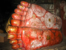 Dambulla Sri Lanka - April 30, 2009: Tempel för buddist`-grotta Royaltyfri Foto