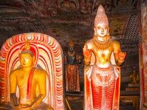 Dambulla, Sri Lanka - 30 de abril de 2009: Templo da caverna do ` dos budistas Fotografia de Stock Royalty Free