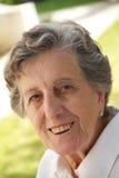 Dame âgée de sourire heureuse Photo stock