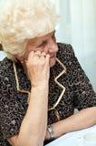 Dame aînée pensive Image stock
