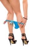 Dame andf de blauwe damesslipjes Stock Fotografie