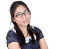 Dame asiatique heureuse, au-dessus de blanc photo stock