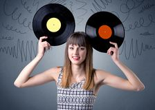 Dame die vinylverslag houden royalty-vrije stock fotografie