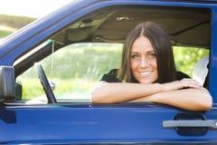 Dame en auto Royalty-vrije Stock Afbeelding