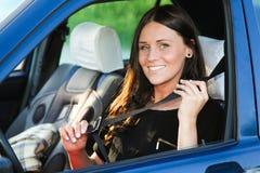 Dame en auto Royalty-vrije Stock Foto