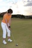 Dame Golfer Lizenzfreies Stockbild