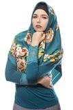 Dame in Hijab, das überzeugt schaut lizenzfreies stockbild