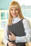 Dame im Geschäft lizenzfreies stockbild