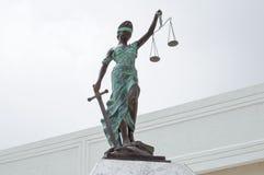 Dame Justice am Palast von Gerechtigkeit in Chetumal Stockbild