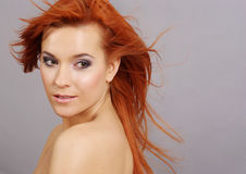 Dame With Long Red Hair Stockfotos
