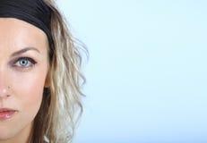Dame mit blauen Augen Stockbilder