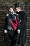 Dame Ripper die rode zakdoek steelt Royalty-vrije Stock Fotografie