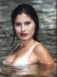 Dame in rivier Stock Foto's
