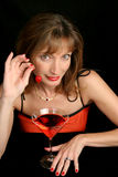 Dame in Rood met Kers 1 Royalty-vrije Stock Afbeeldingen