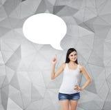 Dame unterstreicht die leere Gedankenblase Zeitgenössischer Hintergrund Stockbilder