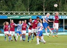 Damen der Lesungsfc Frauen-V Aston Villa Lizenzfreies Stockbild