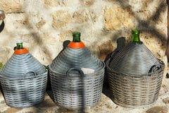 Dames - jeannes de vin - Toscane Italie photos libres de droits