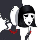 Damespiegel mit schwarz-weißer Maske Lizenzfreie Stockbilder