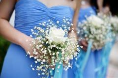 Damigella d'onore in una cerimonia nuziale. Fotografia Stock