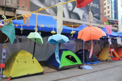 Damm-Buchtregenschirmbewegung in Hong Kong Lizenzfreie Stockbilder