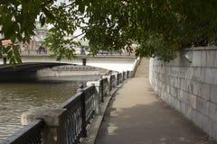 Damm des Moskau-Flusses Stockbilder