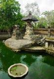 Damm i en forntida kloster, Bali, Indonesien Arkivfoton