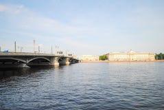 Damm von St Petersburg Lizenzfreie Stockfotos