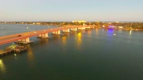 Dammbrücke Stockbild