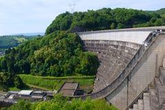 Dammbyggnad i franska Auvergne Royaltyfria Bilder