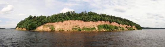 Dammbyggnad Kaunas för konstgjort hav - Nemunas flod Fotografering för Bildbyråer