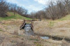 Dammen en Brug in Battle Creek Stock Afbeeldingen