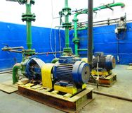 Dammiga elektriska pumpmotorer Fotografering för Bildbyråer