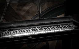 Dammigt piano Arkivbild