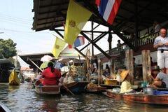 damnoen плавая saduak рынка Стоковая Фотография