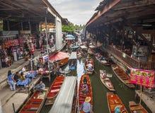 damnoen le saduak de flottement du marché Photographie stock