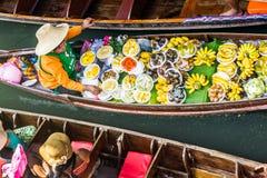 Damnoen Saduak市场,泰国 免版税库存图片