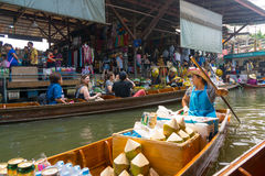 Damnoen Saduak floating market Stock Images