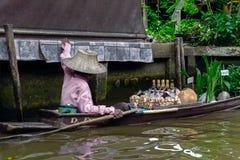 Damnoen Saduak sich hin- und herbewegender Markt Ratchaburi, Thailand Lizenzfreies Stockfoto