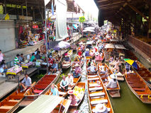Damnoen Saduak sich hin- und herbewegender Markt, Thailand Stockfotos