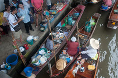 Damnuan Saduak floating market in Middle of Thailand. Stock Photo