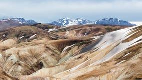 Dampf-Entlüftungen, Rhyolith-Berge, Fjallabak-Naturreservat Stockbild
