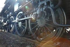 Dampf-Lokomotive-Sun-Aufflackern Stockbilder